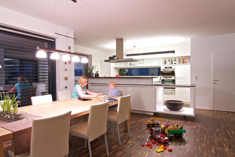 alarmanlage mit smarthome b ndeln der kompontenten zur sicherheit. Black Bedroom Furniture Sets. Home Design Ideas