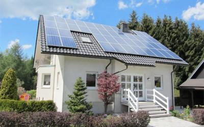 Solarstrom lohnt sich 2016 mehr denn je / Tipps für Verbraucher